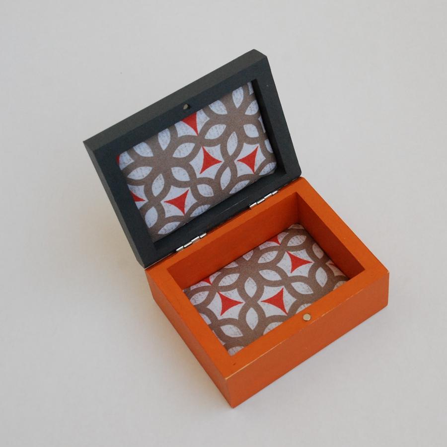 """Maža medinė dėžutė """"Oranžinė"""" (box-10)"""
